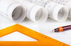 Architektur rollt Architekturplan-Architektenpläne lizenzfreie stockbilder