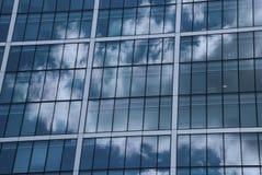 Architektur und Wetter Lizenzfreie Stockfotos