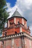 Architektur von Izmailovo-Landsitz in Moskau Brücken-Turm Stockfoto