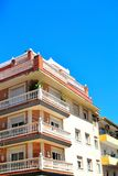 Architektur von San Pedro de Alcantara, Costa del Sol, Spanien Lizenzfreie Stockfotos