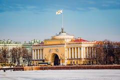 Architektur von St Petersburg, Russland Br?cken und Geb?ude von St Petersburg stockfotografie