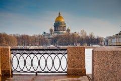 Architektur von St Petersburg, Russland Br?cken und Geb?ude von St Petersburg lizenzfreies stockbild