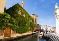 Architektur von Venedig Italien lizenzfreie stockfotos