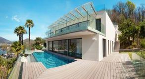 Architektura, bielu dom, plenerowy zdjęcia stock