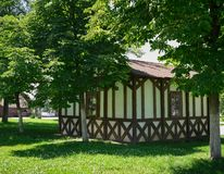 Architektura, nowożytny bielu dom z ogródem, outdoors obrazy stock