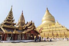 Architektura Shwezigon pagoda w Bagan Zdjęcia Stock