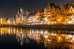 Architektura stary miasteczko w Gdańskim przy nocą Obraz Stock