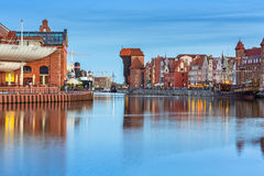 Architektura stary miasteczko w Gdańskim przy półmrokiem Zdjęcie Stock