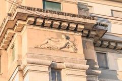 Architekturdetail der Hotels Luxushotel Mailands Ambasciatori lizenzfreie stockfotos