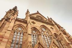 Architekturdetail des façade des Heiligen Etienne Temple in M Lizenzfreies Stockfoto