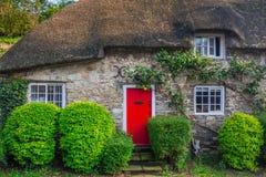 Architekturdetail von traditionellen englischen Häuschenhäusern Lizenzfreie Stockbilder