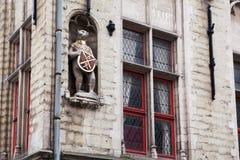 Architekturdetails über die Gebäude in der Stadt von Brügge Stockfotos