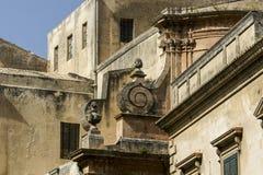 Architekturdetails in Modica-Stadt - Italien lizenzfreies stockfoto