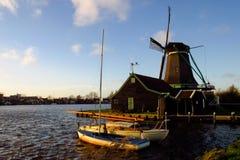 Architekture του Zaandam - μύλοι στην Ολλανδία Στοκ Εικόνες