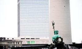 Architekturkontraste Stockfotografie