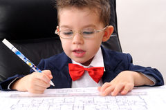architektury chłopiec mały studiowania writing zdjęcie stock