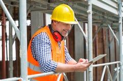 Architetto maschio Using Digital Tablet Immagini Stock Libere da Diritti