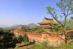 Architettura antica cinese nelle tombe reali orientali della Q Immagini Stock Libere da Diritti
