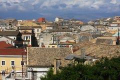 Architettura antica della città, colline del fondo Immagini Stock Libere da Diritti