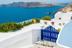 Architettura bianca sull'isola di Santorini, Grecia Immagine Stock Libera da Diritti