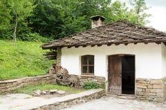 Architettura bulgara tipica a partire dal periodo di empiri dell'ottomano Fotografia Stock