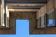 Architettura, costruzione e cielo del dettaglio Immagini Stock Libere da Diritti