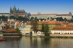 Architettura del fiume di Vltava Immagine Stock