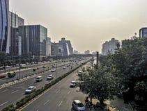Architettura della città cyber/Cyberhub in Gurgaon, Nuova Delhi, India fotografie stock libere da diritti
