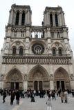 Architettura della Francia Facciata della cattedrale di Notre Dame de Paris France 03 20 2019 fotografia stock