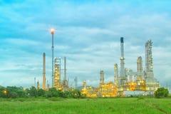 Architettura della pianta petrochimica della raffineria di petrolio Fotografia Stock Libera da Diritti
