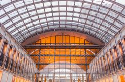 Architettura della stazione ferroviaria moderna fotografia stock