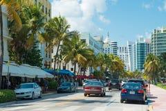 Architettura di Art Deco all'azionamento dell'oceano in spiaggia del sud, Miami Immagine Stock Libera da Diritti