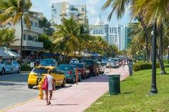 Architettura di Art Deco all'azionamento dell'oceano in spiaggia del sud, Miami Fotografia Stock