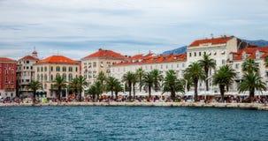 Architettura di Città Vecchia nella spaccatura, Croazia Immagini Stock