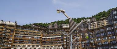 Architettura di legno di Avoriaz, alpi francesi Fotografie Stock