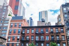 Architettura di New York fra antico e moderno fotografie stock