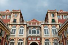 Architettura di Palazzo a Genova fotografia stock libera da diritti