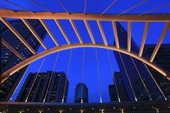 Architettura di skywalk pubico a Bangkok del centro Immagine Stock Libera da Diritti