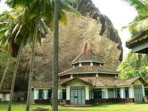 Architettura di vecchio tempiale buddista in Sri Lanka fotografia stock libera da diritti