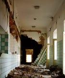 Architettura interna 2 del corridoio di rovina vecchia Immagini Stock