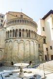 Architettura medievale antica di Arezzo, Italia fotografia stock