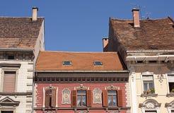 Architettura medioevale tipica dell'alloggiamento Immagini Stock