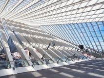 Architettura moderna alla stazione ferroviaria Fotografia Stock Libera da Diritti