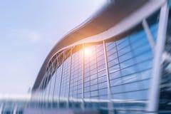 Architettura moderna dell'aeroporto di Shanghai, città moderna Fotografia Stock