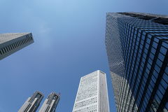 Architettura moderna di affari, tecnologia alta tecnologia a Tokyo Immagini Stock Libere da Diritti