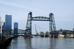 Architettura moderna di Rotterdam nei Paesi Bassi fotografia stock libera da diritti