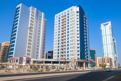 Architettura moderna, edifici per uffici di Manama, Bahrain Fotografia Stock Libera da Diritti