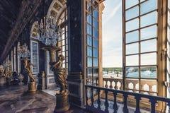 Architettura nel palazzo di Versailles fotografia stock