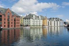 Architettura nello stile di stile Liberty in Alesund fotografie stock libere da diritti