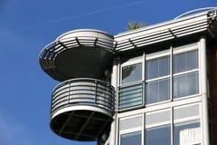 Architettura residenziale moderna fotografie stock